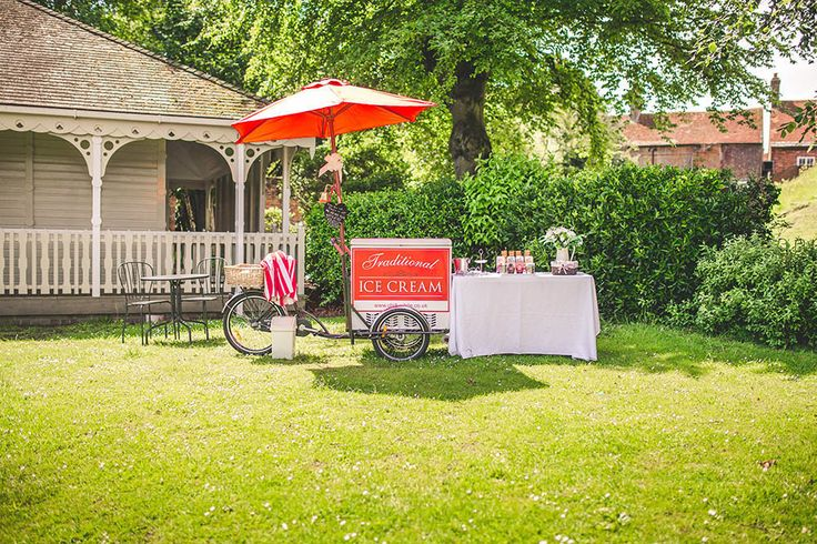 ice-cream-wedding-bicycle-kings-arms-hotel