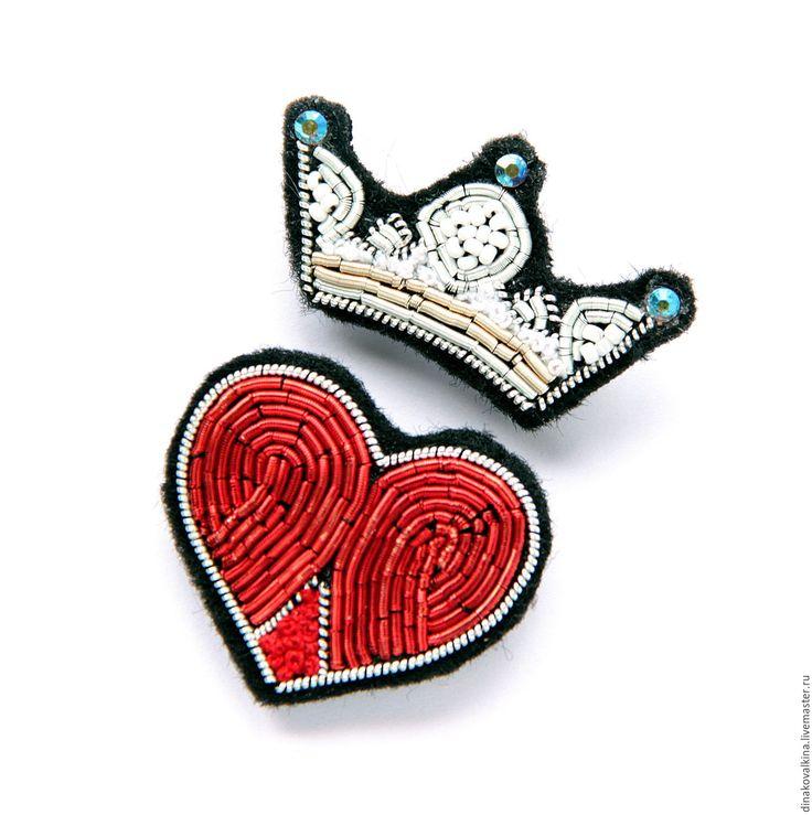 """Купить Брошь """"Сердце и корона"""" ручная вышивка(комплект) . - разноцветный, брошь купить, брошь для девушки"""