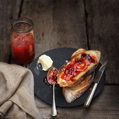 Plum & apple jam