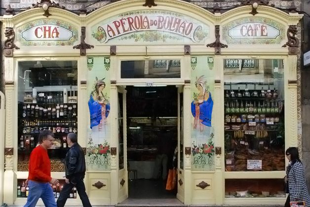 Beautiful Porto pne of the portuguese places,worth to visit    This traditional grocery store was founded in 1917 by António Rodrigues Reis.Queijo da serra (cheese), a selection of cured and fresh sausages, an e...