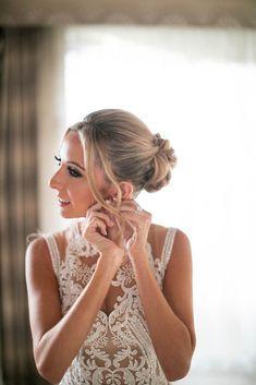 Featured Photographer: Samuel Lippke Studios; Wedding hairstyles ideas.  Featured Photographer: Samuel Lippke Studios; Wedding hairstyles ideas.