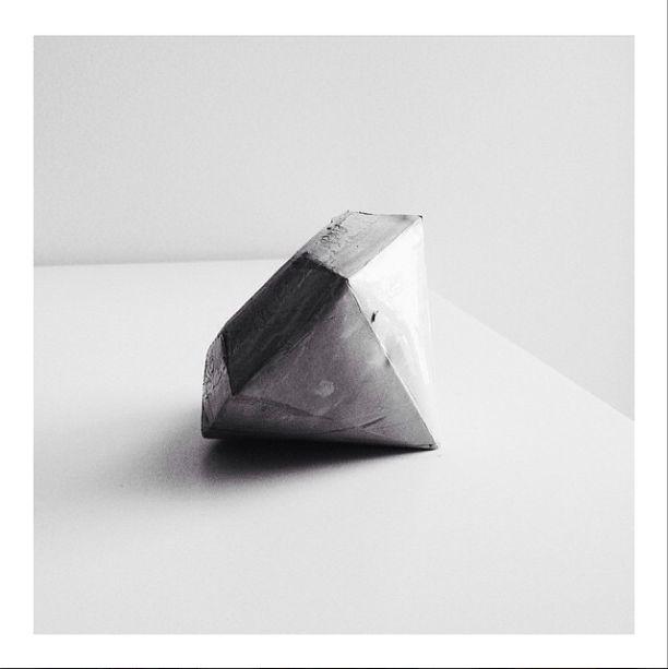 @thedesignblend_a instagram concrete diamond #diy
