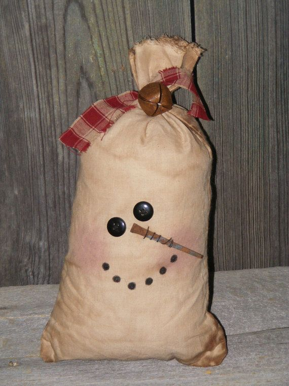 10% OFF Primitive Grungy Snowman Decor by theprimplace on Etsy                                                                                                                                                                                 More
