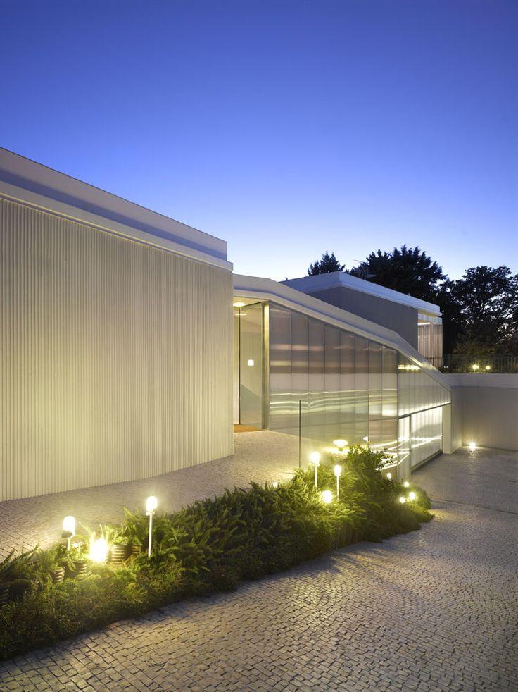 Roland Halbe Architectural Photography roc2c pavement