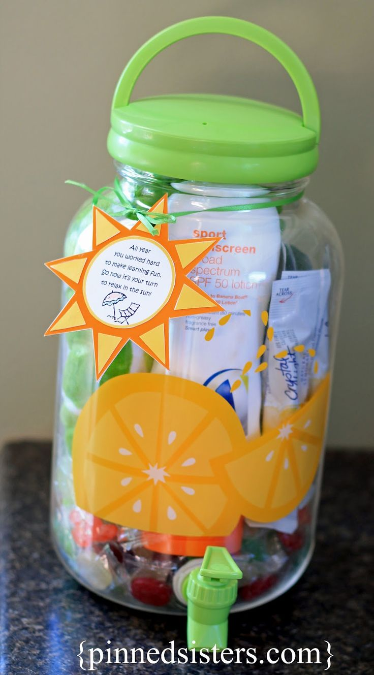 End of year Teacher gift: Tea Dispenser.Fill it with sunscreen, beach towel, SPF lip balm, Crystal Light Mix, Magazine..Too cute!