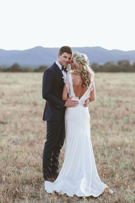 10 Beautiful Backless Wedding Gowns: Sarah Janks Belinda gown