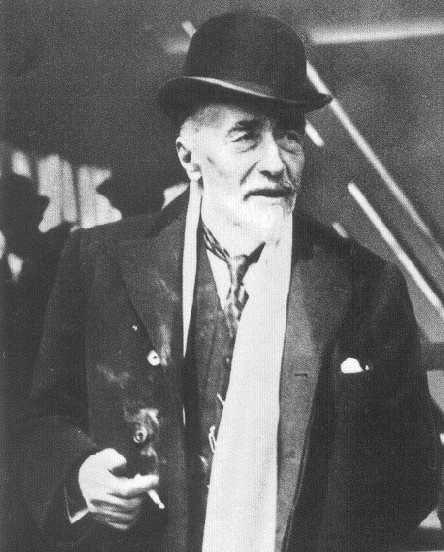 The question is not how to get cured, but how to live. Joseph Conrad (Józef Teodor Konrad Korzeniowski, 1857-1924)