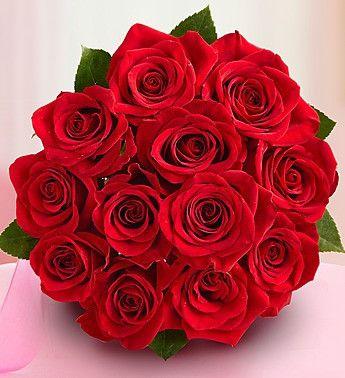 Ramo de mano de rosas rojas entregadas por nuestros floristas en Argentina.