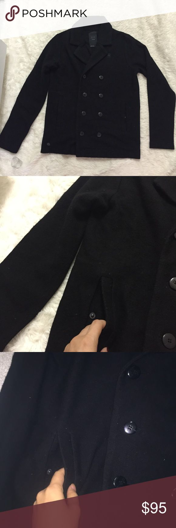 G star raw black coat Essential coat for the winter. Light weight yet will keep you warm size M black. Pockets G Star Jackets & Coats