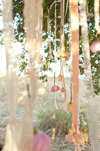Light streamers with flowers on the end. Holy, beautiful!