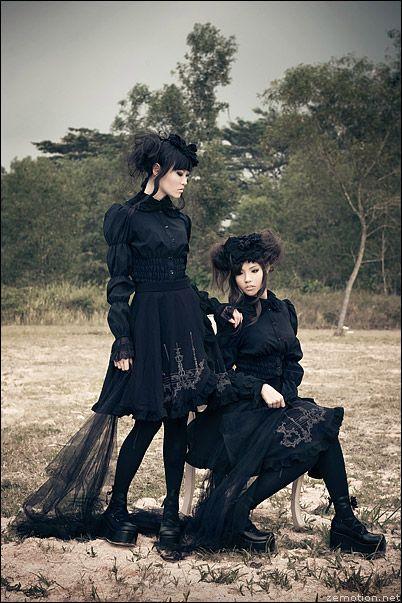 gothic lolitaGoth Girls, Hermes Bags, Fashion Clothing, Leather Handbags, Gothic Lolita, Lolita Fashion, Black, Gothic Fashion, Hermes Handbags