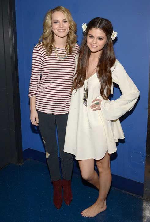 bridgit mendler selena | Fotos de Bridgit Mendler y Selena Gomez en concierto de UNICEF ...