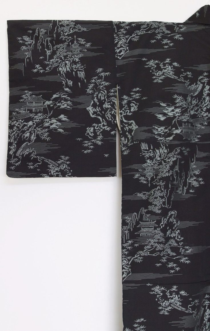 'Gindera Yama' Kimono - Zenbu Home