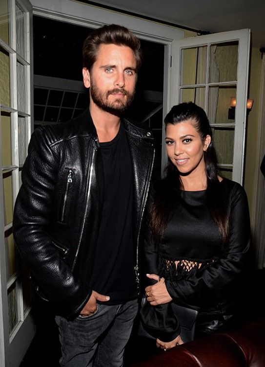 Scott Disick and Kourtney Kardashian are Back Together After His Cheating Scandal-2