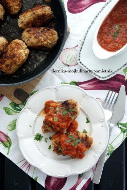 Bernika - mój kulinarny pamiętnik: Fałszywe gołąbki z sosem pomidorowym