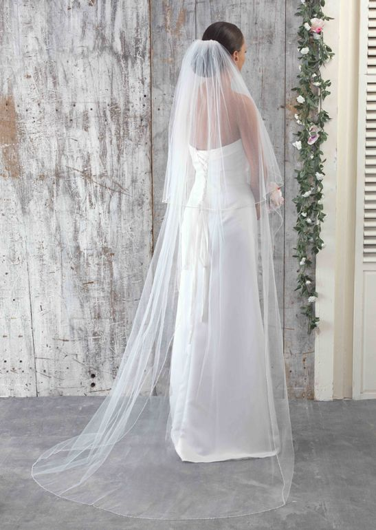 LA925 Beaded Edge Plain Veil