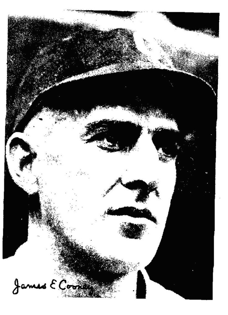 """30 de 1913.- El mánager, John Joseph """"Pequeño Napoleón"""" McGraw, de los Gigantes de Nueva York, se convirtió en el quinto manejador en ganar mil juegos, cuando los titanes vencieron en dos ocasiones…"""