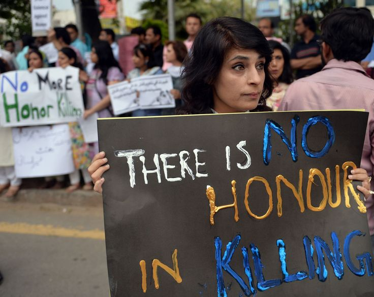 Husband sets wife on fire in Pakistan 'honour killing'