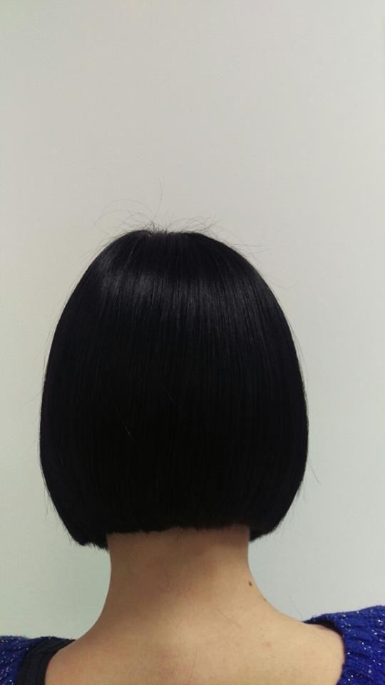 Bob frizura ima mnogo varijacija, može biti kratak ili dugačak (tada je to takozvani lob – 'long bob'), simetričan i ravno odrezan ili pak potpuno asimetričan i stepenast, sa dugačkim ili kratkim šiškama..