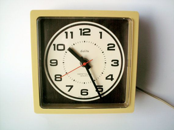 Vintage Westclox Dialite Wall Clock Olive Green by PoorLittleRobin, $8.00