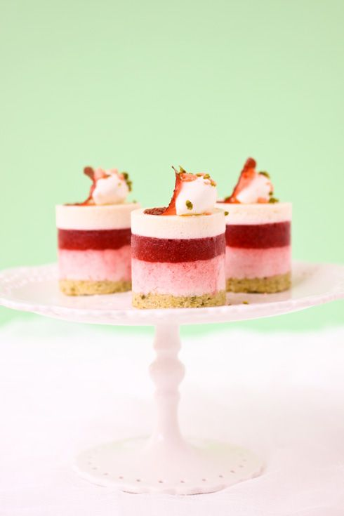 Roasted Rhubarb, Strawberry, White Chocolate and Pistachio :: Cannelle et VanilleCannelle et Vanille