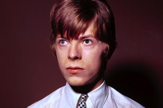 The Story Behind David Bowie's Unusual Eyes: His eyes were the product not of genes but a teenage fistfight that resulted in anisocoria, a condition in which a person's eyes have different-size pupils.