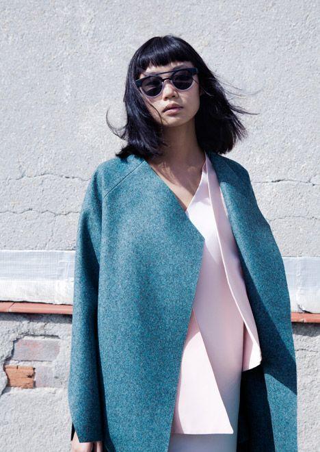 wool coat+sunglasses