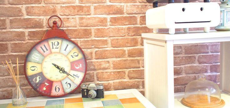 Vintage Leyla Wall Clock