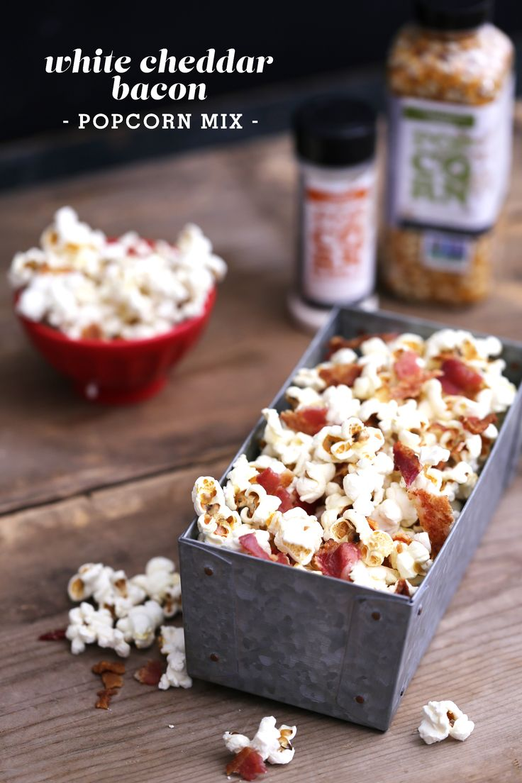 White Cheddar Bacon Popcorn Mix -- great snack to serve at New Year's!