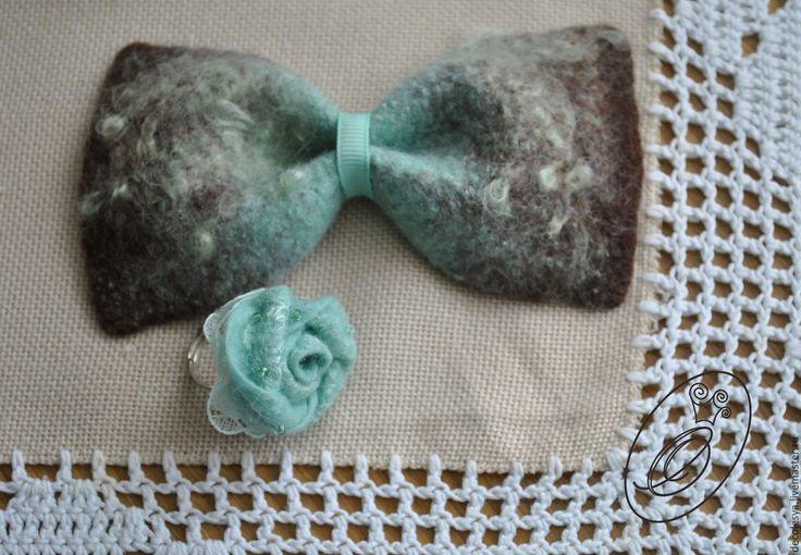 Купить Брошь-бабочка ШОКОЛАД и МЯТА - мятный, абстрактный, бабочка на шею, галстук-бабочка