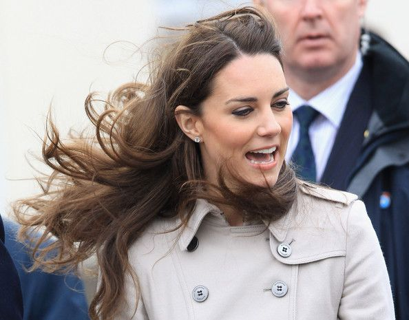 Kate Middleton Photos - Prince William And Kate Middleton Visit Northern Ireland - Zimbio