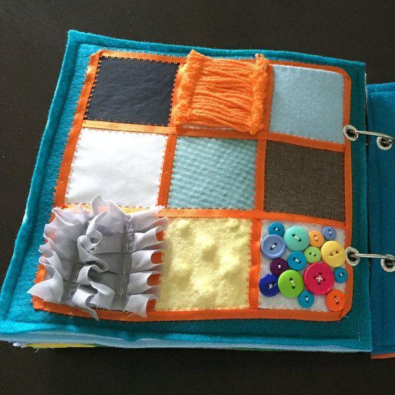 Página de libro tranquila de textura por HannasQuietBooks en Etsy
