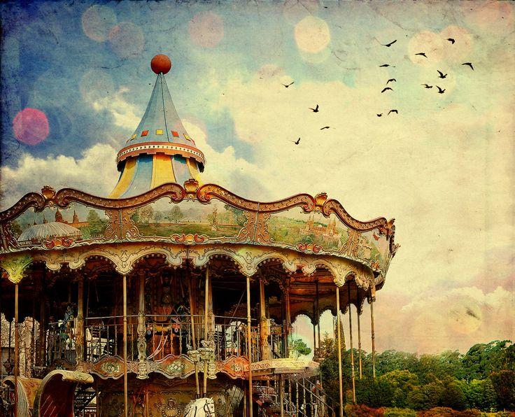 Traumerei  by ~vampire-zombie  #carousel #bokeh