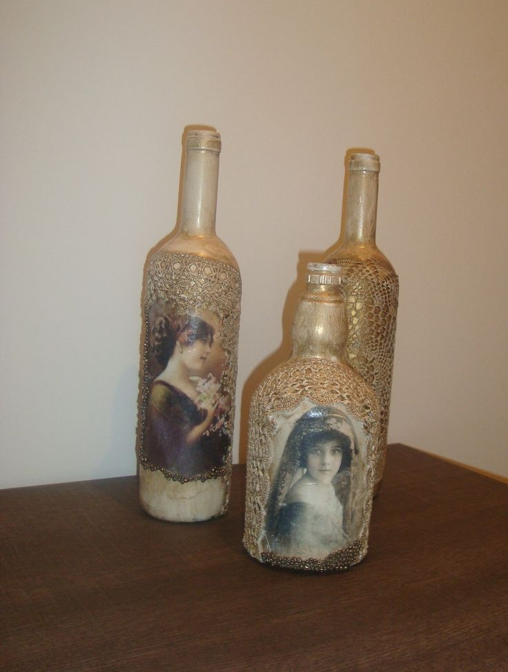 Decoupage and lace on bottles