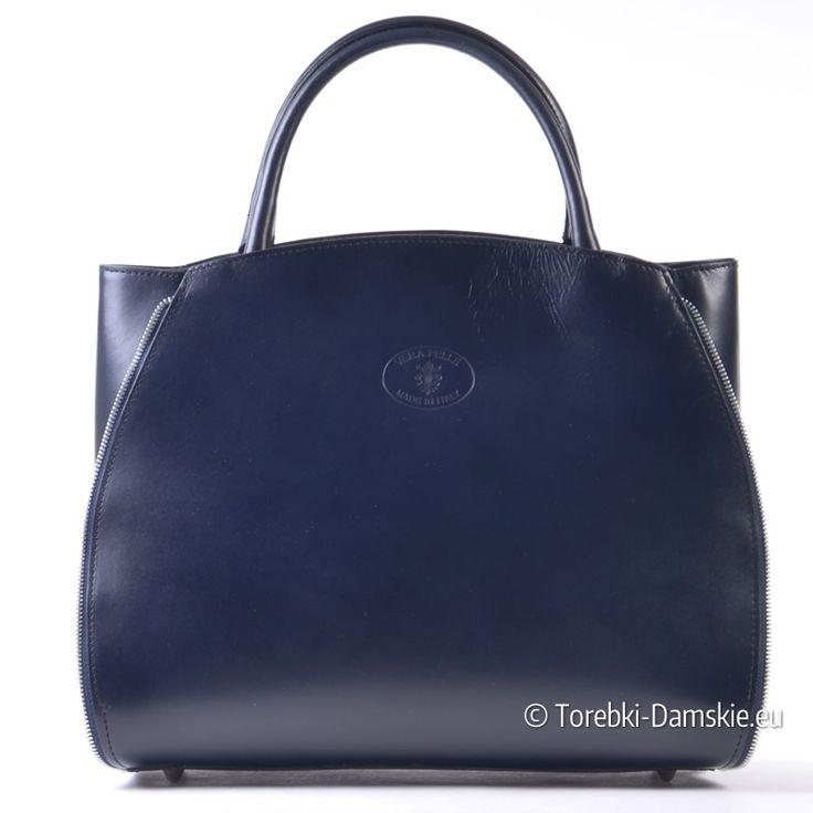 Duża, efektowna torba damska w kolorze granatowym, wykonana ze skóry licowej