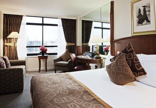 Knightsbridge hotel located close to Harrods - includes breakfast and a choice of room types