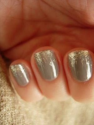 Nails - grey with gold sparkle tips