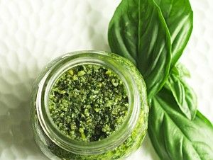 Quick & Easy Basil Pesto by Tony Read - LadyShip Australia