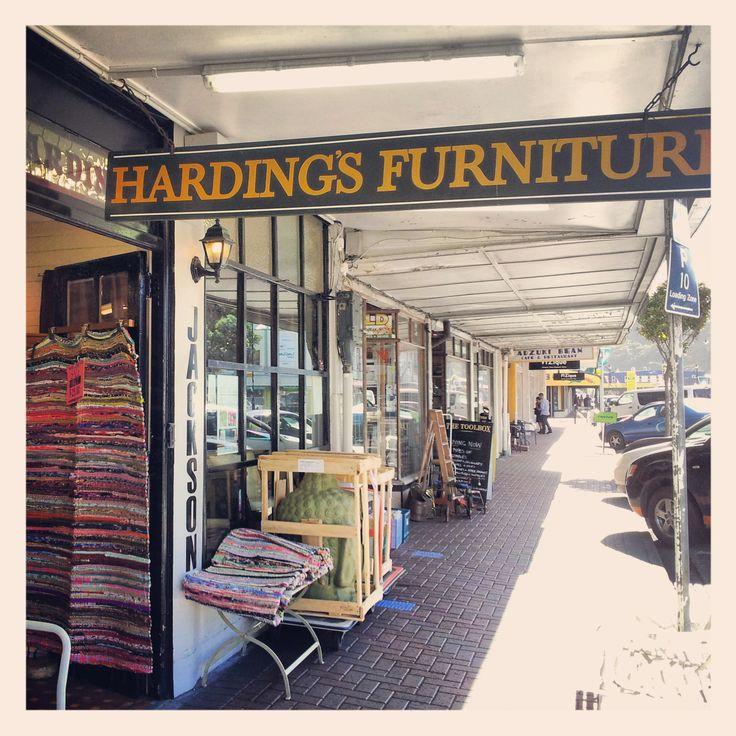 Harding's Furniture, 172 Jackson Street, Petone, Wellington - A business landmark since 1947!