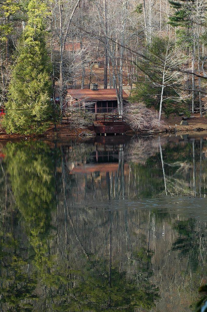 Log #cabin, Vogel State Park, northern Georgia #lo…