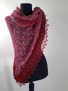 Wild Roses Shawl by Rae Blackledge - free