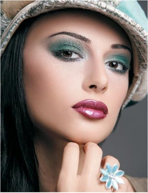 Arabic makeup- So beautiful!!