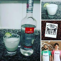 OBA! Pisco sour low-carb  . A verdadeira iguaria peruana agora na mesa do Senhor Tanquinho! . Fizemos a nossa versão assim: . - 3 doses de pisco; - suco de 1 limão; - clara de 1 ovo; - 1 colher de sopa de xilitol. . .  Batemos tudo no liquidificador e servimos! . #drink #lowcarb #senhortanquinho #controleseucorpo #vidasaudavel #vidagostosa #vidalowcarb #comidadeverdade #paleobr #paleodieta #pisco