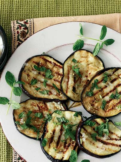Grilled eggplant with garlic Recipe - Turkish Kitchen Dishes - Recipes