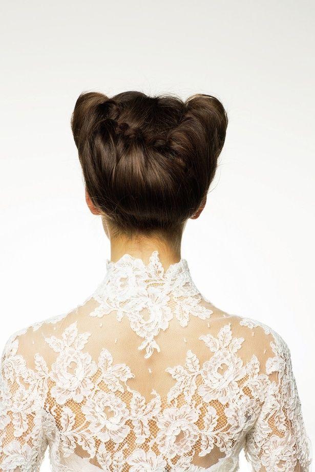 ロールアップヘアでシネマ女優風に ■Back Style