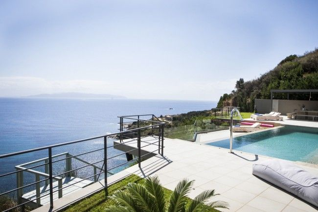 Tucked away in an extremely secluded olive grove, just outside the pretty village of Spartia, with panoramic mountain & sea views and its own private access to the sea.