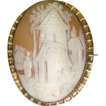 #Vintage #giftsforher during the #RubyRedTagSale at www.rubylane.com - 30% off until 1/29/17 at 8 am PST #ValentinesDay --Victorian 1870s Rebecca at the Well Shell Cameo