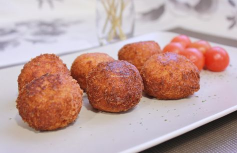 CROQUETAS CASERAS DE MERLUZA Y LANGOSTINOS ~ The Spanish Food
