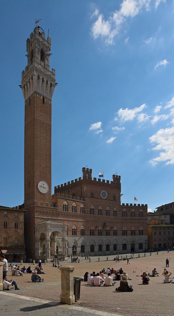 Torre del Mangia - Siena, Tuscany Italy Enjoyed my daily lunch in this Piazza while studying in Siena for 3 months when I was 19!