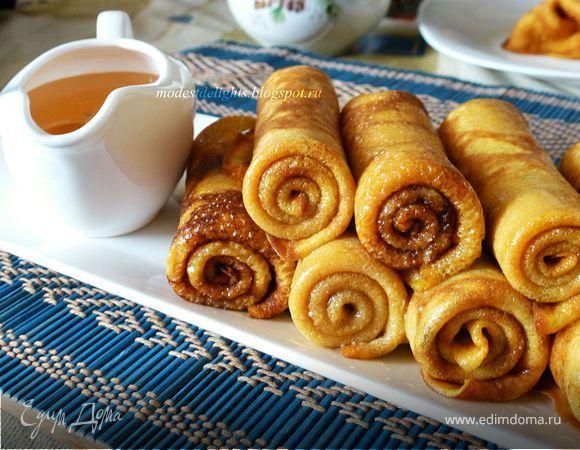 Тыквенные блинчики с корицей  Блинчики по этому рецепту получаются плотные, не рвутся при выпечке. При этом очень нежные, с легким пряным ароматом и яркие! Приятного аппетита! #едимдома #рецепт #готовимдома #кулинария #домашняяеда #блинчик #корица #тыква #завтрак #выпечка